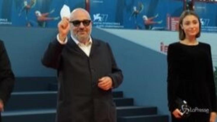 Venezia 77, 'Notturno' di Gianfranco Rosi conquista il Lido