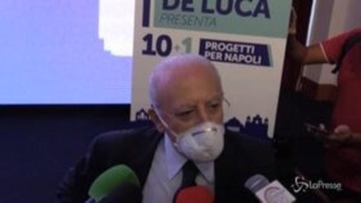"""Regionali, De Luca: """"A chiacchiere rispondiamo con fatti, anzi a volte miracoli"""""""