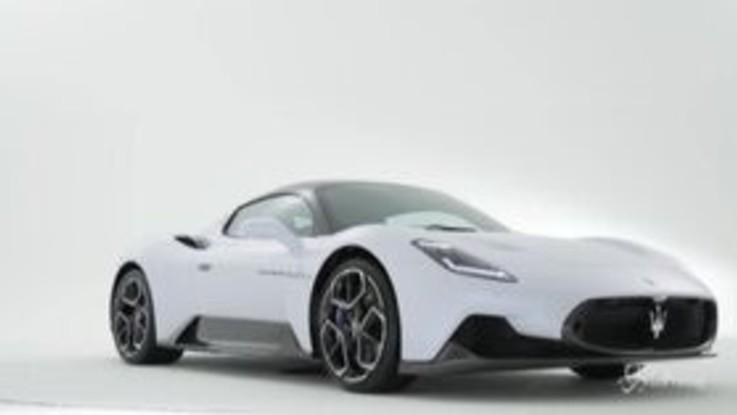 Maserati, presentata in anteprima mondiale la MC20