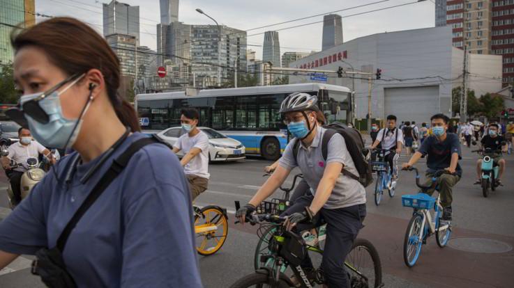Hong Kong: a novembre inizia la sperimentazione per lo spray nasale anti Covid
