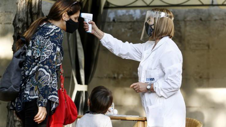 Coronavirus, Cts vaglierà ipotesi quarantena a 10 giorni. 1597 casi e 10 morti