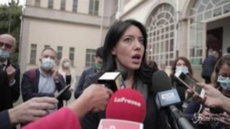 """Scuola, Azzolina: """"Non escludiamo impugnazione ordinanza Cirio"""""""