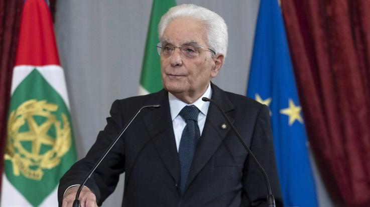 Semplificazioni, il presidente Mattarella promulga la legge ma con osservazioni