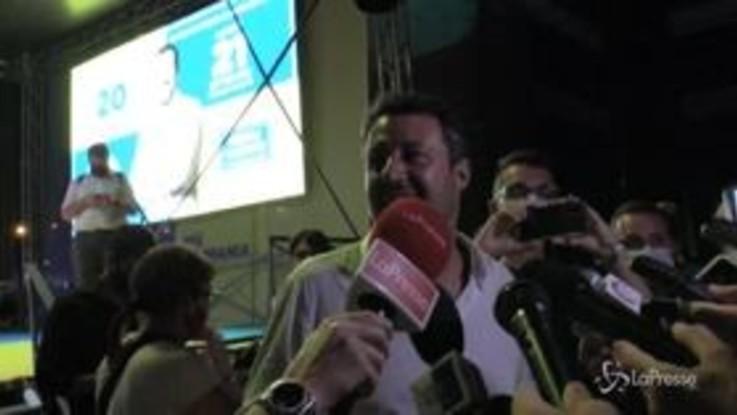 """Salvini a Napoli: """"Una piazza così neanche a Milano"""""""