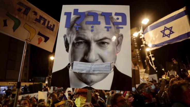 Coronavirus, il governo israeliano richiude il Paese: nuovo lockdown di tre settimane
