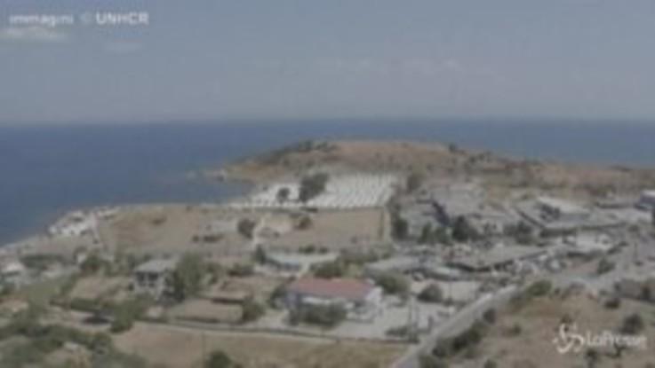 Lesbo, il nuovo campo profughi sull'isola: le immagini dal drone