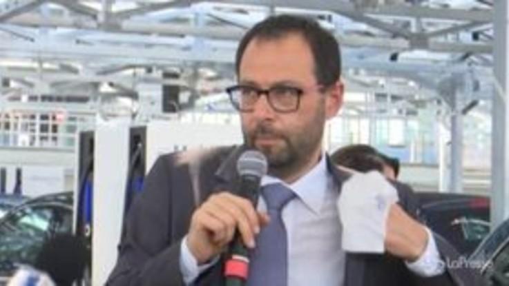 """Autostrade, Patuanelli: """"Sistema concessioni ha dimostrato di non essere modello vincente"""""""