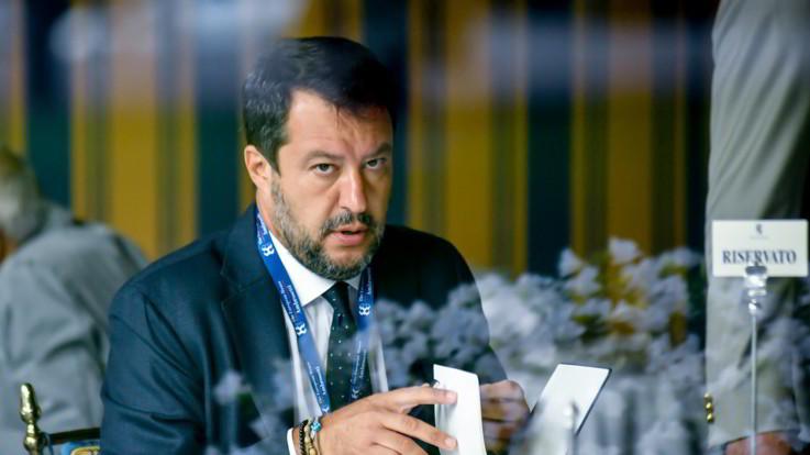 """Posta selfie """"Salvini appeso"""": polemica sul candidato Pd a Venaria"""