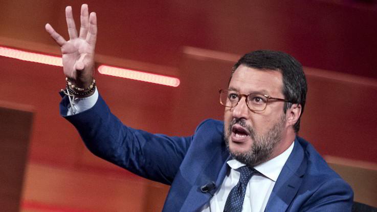 """Fondi Lega, Salvini: """"C'è chi cerca soldi a Panama o su Saturno. Non ci sono"""""""