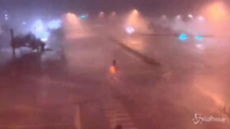 Usa, l'uragano Sally raggiunge categoria 2 e colpisce la Florida e il sud dell'Alabama