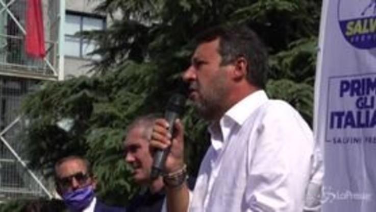"""Scuola, Salvini: """"Se Azzolina non è in grado di occuparsene si dimetta"""""""