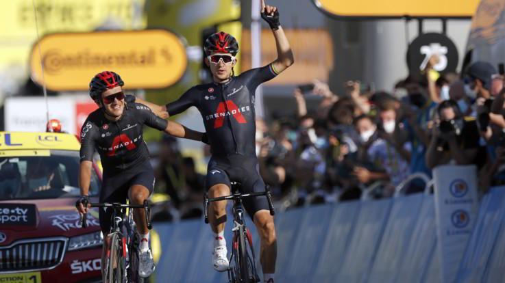Tour de France: Kwiatkowski vince 18/a tappa, Roglic resta in giallo