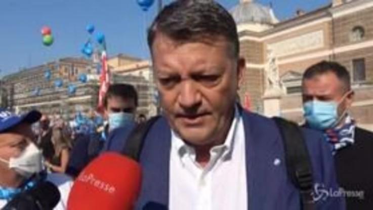 """Sindacati in piazza a Roma, Bombardieri: """"Le fabbriche non sono dei padroni ma di chi ci lavora"""""""