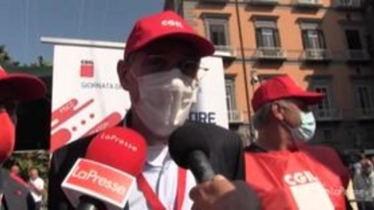"""I lavoratori scesi in piazza a Roma: """"Priorità al rinnovo dei contratti"""""""