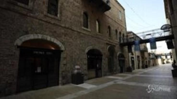 Israele, partito nuovo lockdown: le strade deserte di Gerusalemme