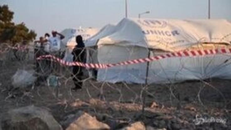 Grecia: oltre 9mila richiedenti asilo nel nuovo campo migranti di Lesbo