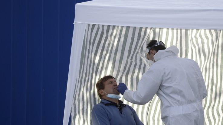 Coronavirus, sfiorati i 31 milioni di casi nel mondo. Cresce la curva anche in Europa