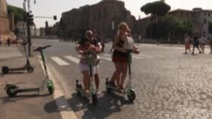 Roma: emergenza covid lancia i monopattini, è boom nella capitale
