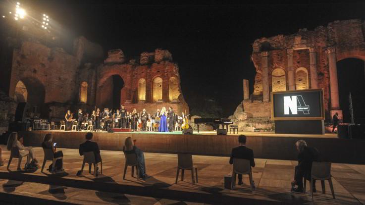 Taormina, serata conclusiva Nations Award. Grandi nomi sul palco