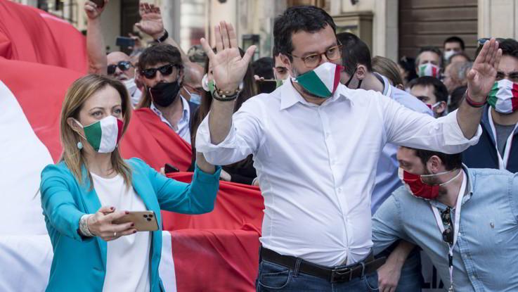 C.destra, sovranismo sotto attacco. In FI dissidenti guardano a Toti-Carfagna-Calenda