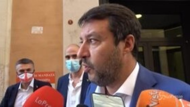 """Salvini: """"Non penso che questo governo andrà lontano perché litigano su tutto"""""""