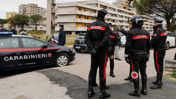 Rimini, 13enne cade dal secondo piano di un hotel e muore