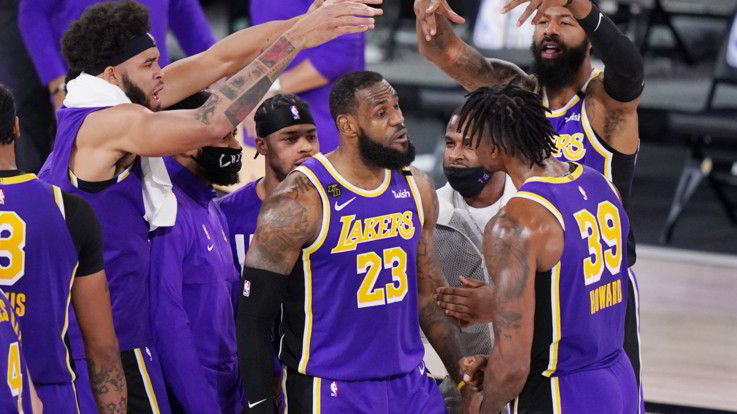 Nba, i Lakers battono  i Nuggets e volano in finale
