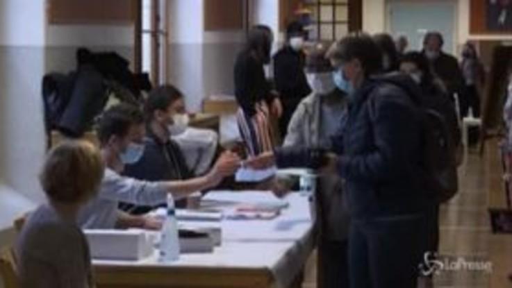 Svizzera, si vota sulla libera circolazione dei cittadini Ue