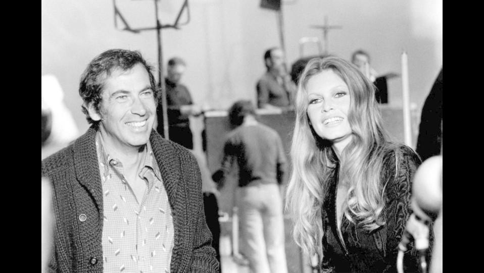 1973 - l'attrice Brigitte Bardot con il marito e regista Roger Vadim ©