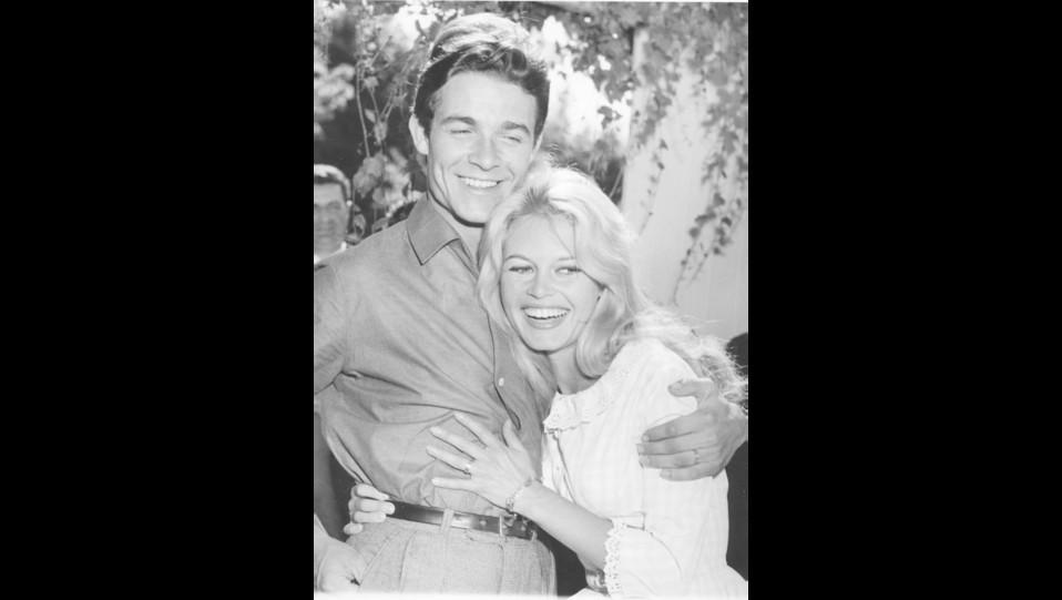 1959 - l'attrice Brigitte Bardot con il marito Jacques Charrier ©
