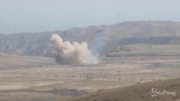 Nagorno Karabakh, le immagini degli scontri tra azeri e armeni