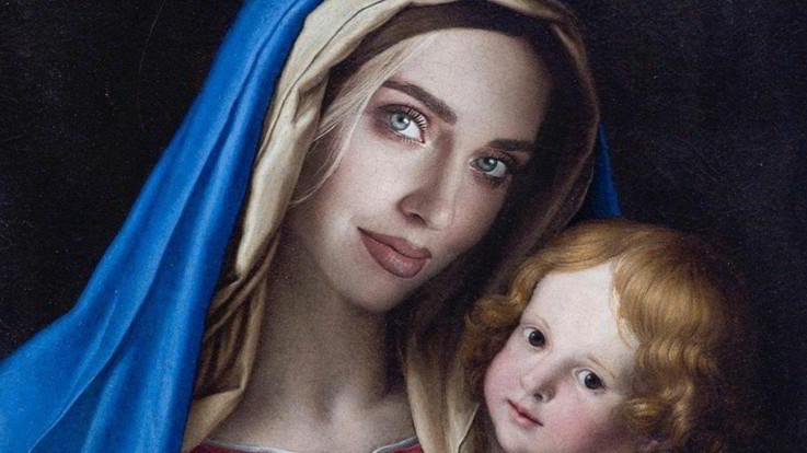 Codacons denuncia Chiara Ferragni per blasfemia: come la Madonna sulla copertina di Vanity Fair