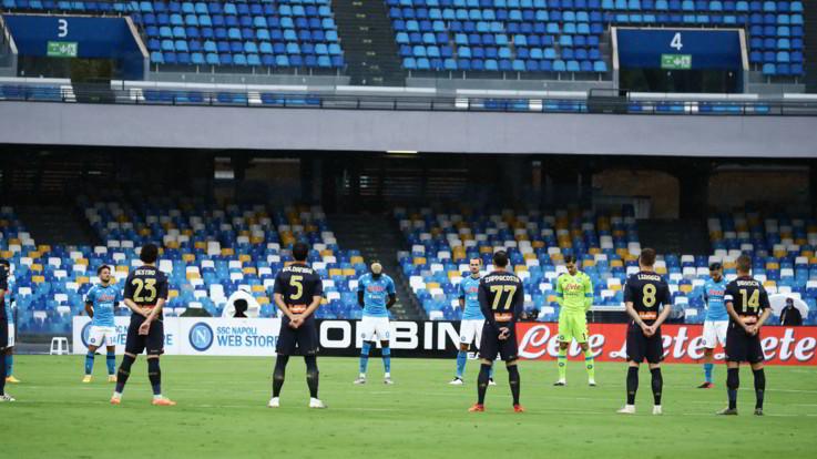 Genoa shock, 14 positivi al Covid-19: la Serie A trattiene il fiato