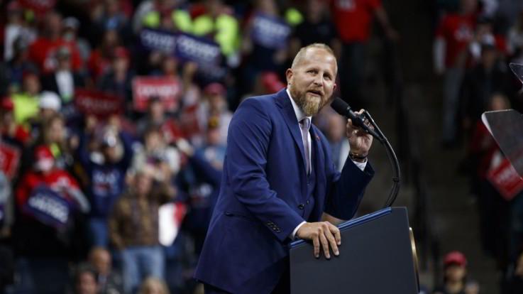 L'ex manager della campagna di Trump in ospedale: ha minacciato il suicidio