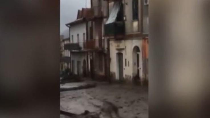 Maltempo: Italia in allerta. Dichiarato lo stato di emergenza in Toscana