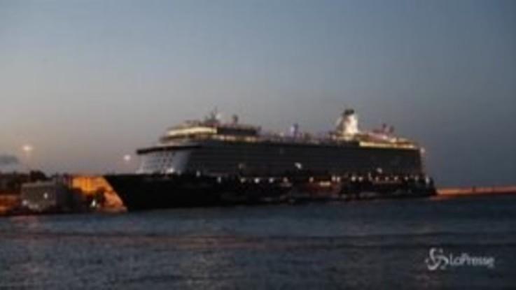 Grecia: nave da crociera ferma il suo viaggio al Pireo, 12 covid-positivi a bordo