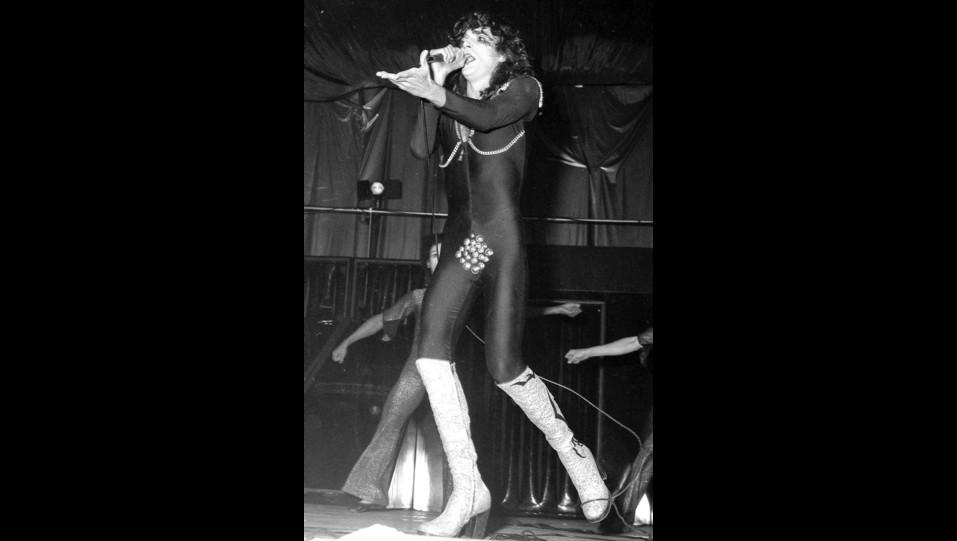 Renato Zero in concerto negli anni '70 ©