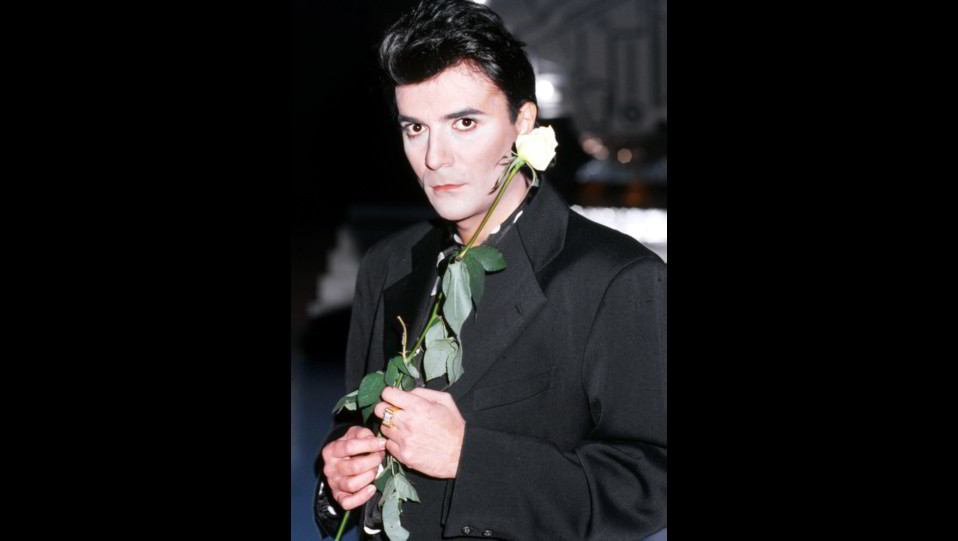 Renato Zero in un ritratto del 1988 ©