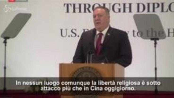 """Mike Pompeo: """"In nessun luogo libertà religiosa è sotto attacco quanto in Cina"""""""