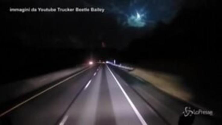 Usa, la meteora illumina il cielo: centinaia di segnalazioni sui social