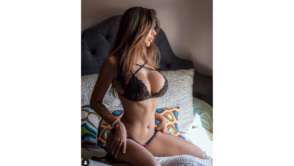 la modella Amira K (fonte Instagram) ©