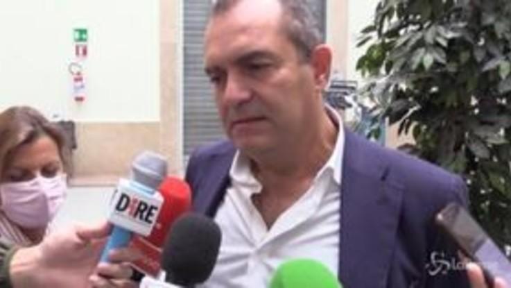 """De Magistris: """"De Luca ha ripreso il lanciafiamme, dia numeri precisi"""""""