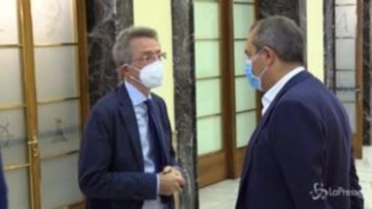 """Manfredi: """"Io sindaco di Napoli? Mi accontento di fare il ministro"""""""