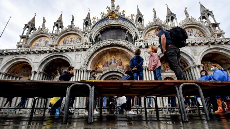 Venezia: debutta il Mose e salva la laguna dall'acqua alta