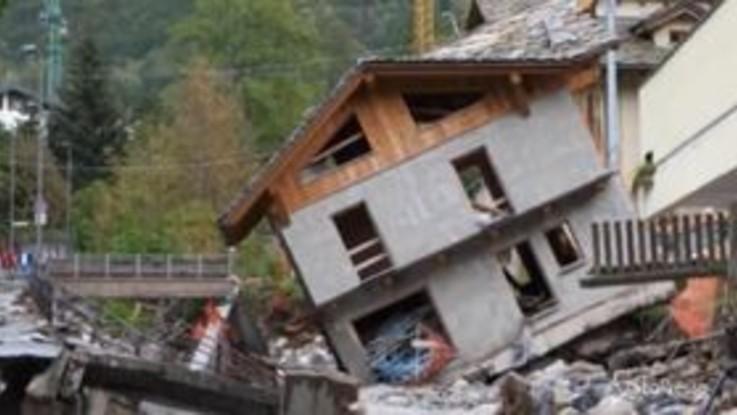 """Alluvione in Piemonte, Cirio: """"I danni sono tanti e gravi e da soli non ce la facciamo"""""""