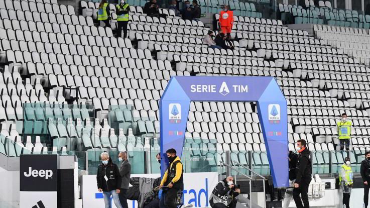 Juve-Napoli: bianconeri allo stadio senza gli avversari