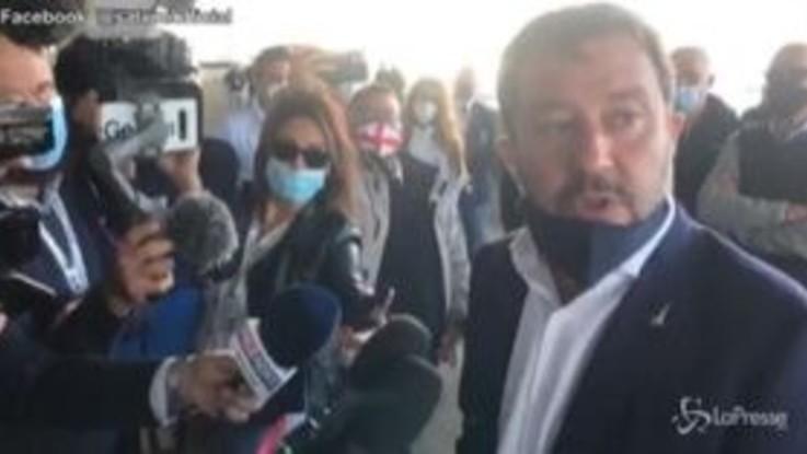 """Coronavirus, Salvini: """"Governo tuteli salute senza ammazzare economia"""""""