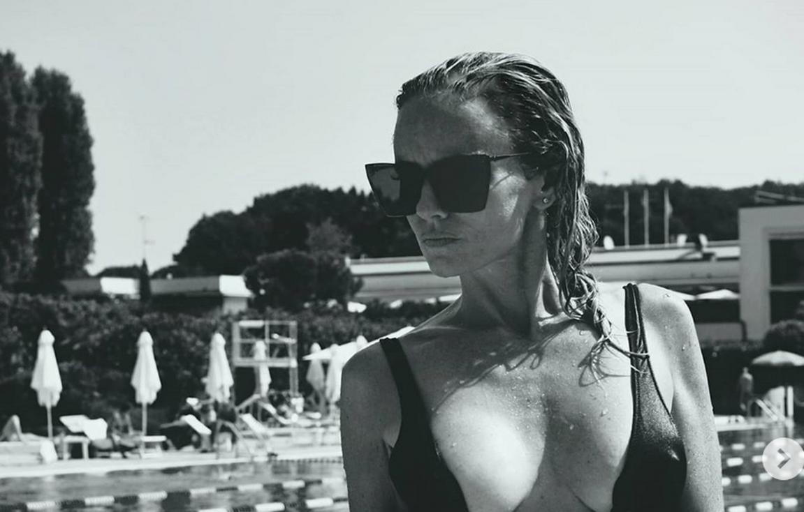 Justine Mattera sexy in piscina mostra un fisico da urlo – SEXY INSTAGRAM