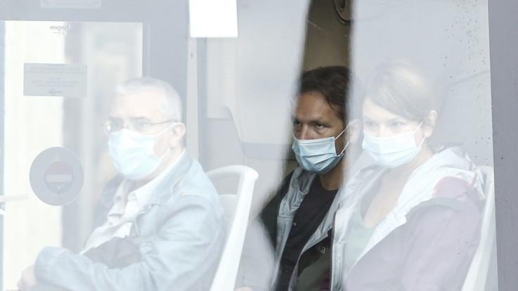 Coronavirus, nuovo decreto: mascherine obbligatorie ovunque