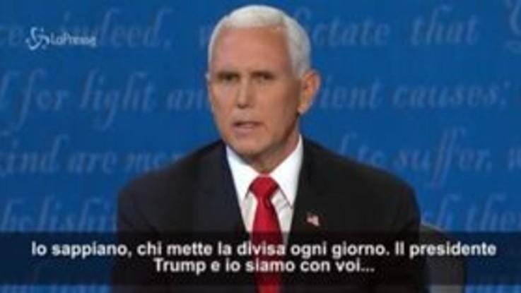 La mosca tormenta Pence durante il dibattito tv: i social si scatenano